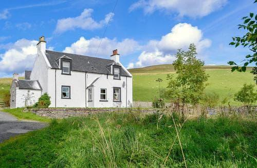 Last Minute Cottages - North Balloch Farmhouse