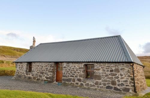 Last Minute Cottages - Adorable Portree Cottage S75253
