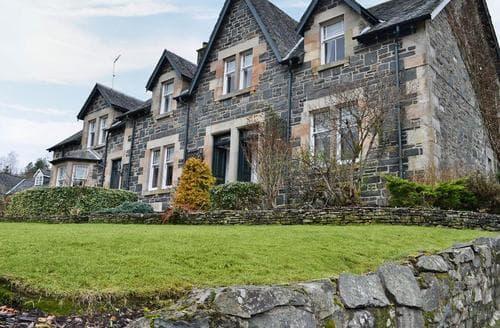 Big Cottages - Charming Callander Cottage S78198