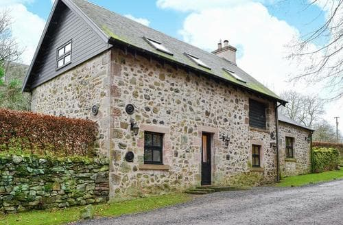 Dog Friendly Cottages - Lovely Jedburgh Cottage S78445