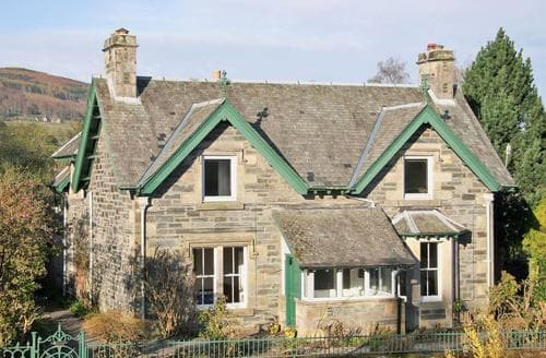 Big Cottages - Beautiful Pitlochry Cottage S78891