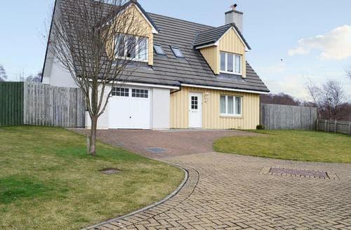 Big Cottages - Excellent Aviemore Cottage S80528