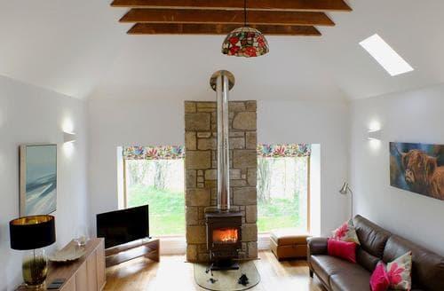 Last Minute Cottages - Tasteful Tain Cottage S80181