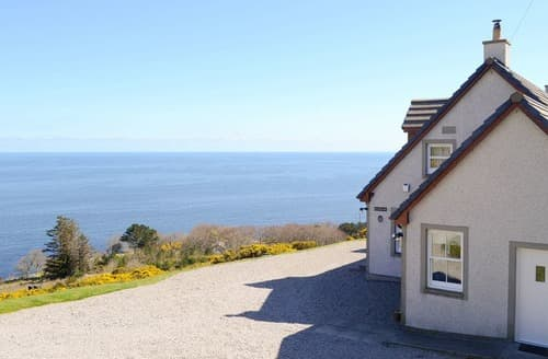 Last Minute Cottages - Captivating Brora Cottage S80476