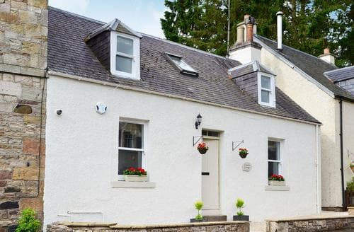 Dog Friendly Cottages - Captivating Jedburgh Cottage S83058