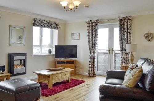 Last Minute Cottages - Captivating Ayr Apartment S84041