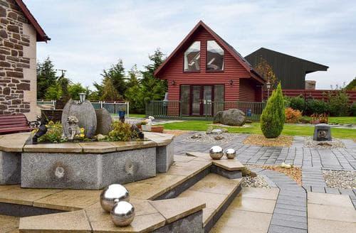 Dog Friendly Cottages - Adorable Stirling Lodge S87149