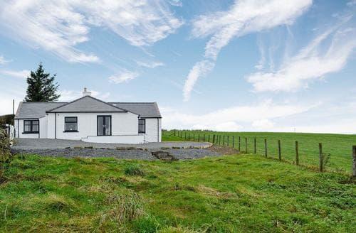 Big Cottages - Inviting Castle Douglas Cottage S88158