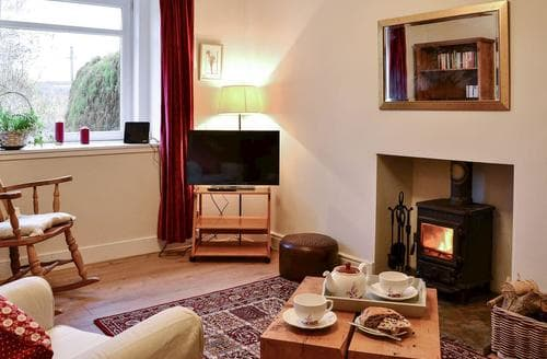 Dog Friendly Cottages - Cosy Selkirk Cottage S89457