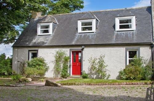 Big Cottages - Tasteful Tain Cottage S105460