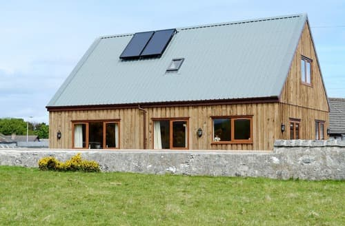 Big Cottages - Charming Brora Cottage S113357