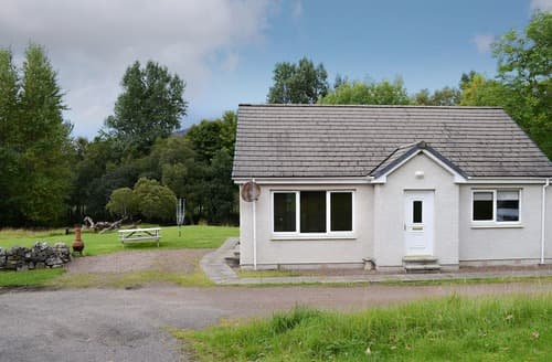 Last Minute Cottages - Beautiful Lochinver Lodge S121841