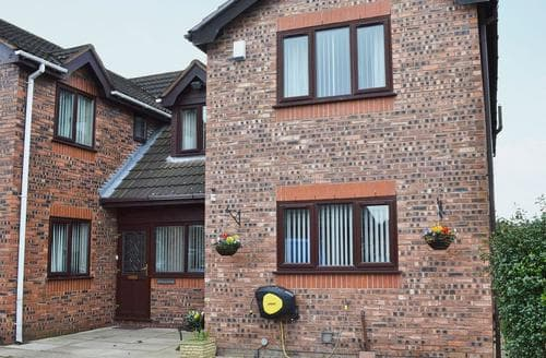 Last Minute Cottages - Delightful Rhyl And Prestatyn Cottage S46197