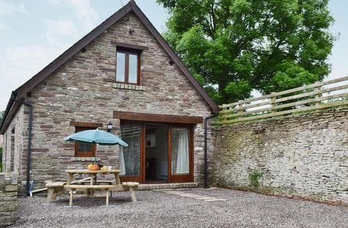 Last Minute Cottages - Luxury Brecon Cottage S59537