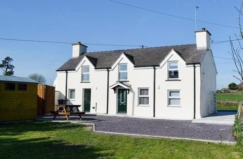 Big Cottages - Gorgeous Amlwch And North Anglesey Heritage Coast Cottage S70344