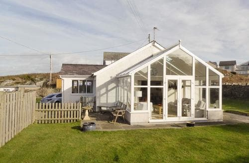 Big Cottages - Splendid Holyhead And Trearddur Bay Cottage S78249