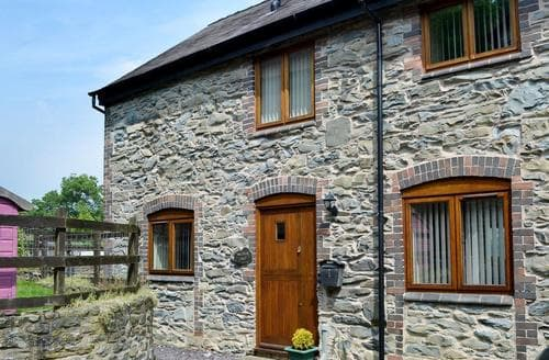 Last Minute Cottages - Charming Llangollen Cottage S83330