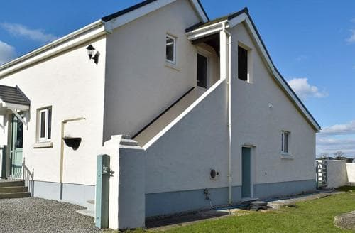 Last Minute Cottages - Attractive Laugharne And Llansteffan Cottage S94769