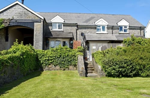 Last Minute Cottages - Lovely Tenby Cottage S102912