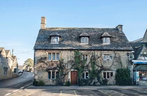 Big Cottages - Inviting Bourton On The Water Lodge S75205