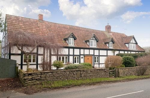 Last Minute Cottages - Exquisite Gloucester Cottage S75206