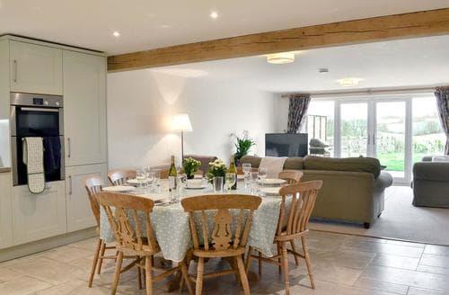 Big Cottages - Delightful Petersfield Cottage S77481