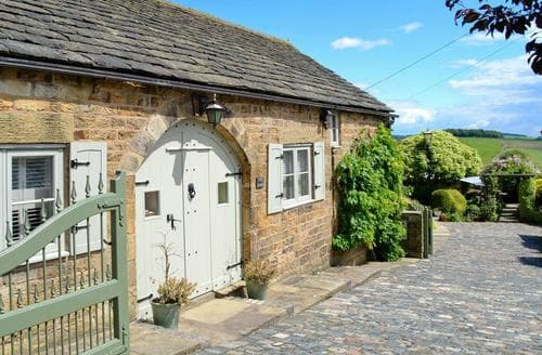 Last Minute Cottages - Wonderful Chesterfield Cottage S45873