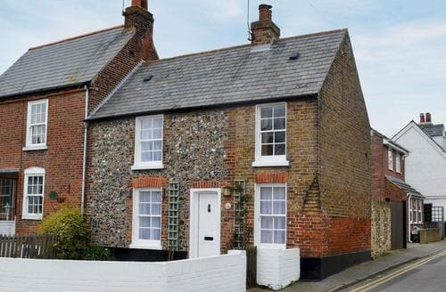 Last Minute Cottages - Attractive Broadstairs Cottage S78515