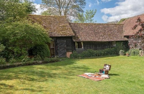 Last Minute Cottages - Tasteful All Buckinghamshire Cottage S78662