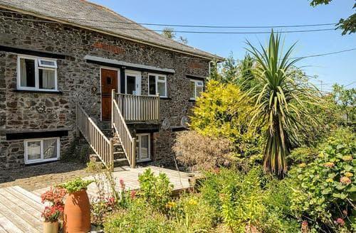 Dog Friendly Cottages - Captivating Hartland Cottage S79567