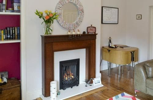 Last Minute Cottages - Excellent Newcastle Upon Tyne Apartment S81425