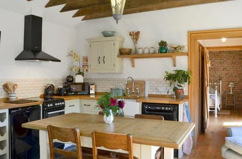 Last Minute Cottages - Tasteful Boston Cottage S81819