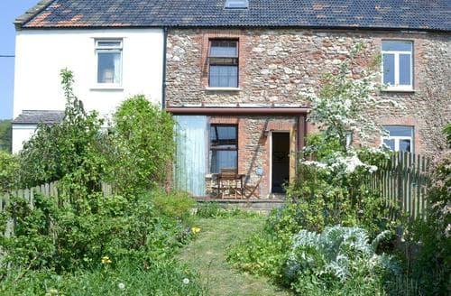 Last Minute Cottages - Stunning Wells Cottage S81384