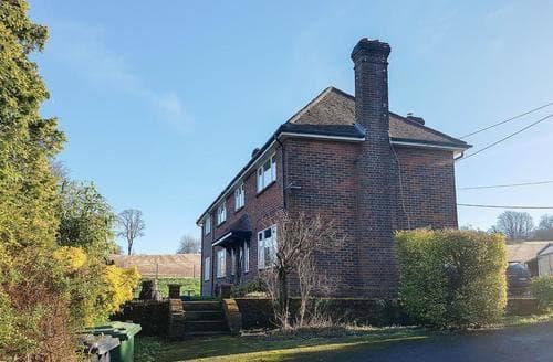 Big Cottages - Gorgeous Petersfield Cottage S82806