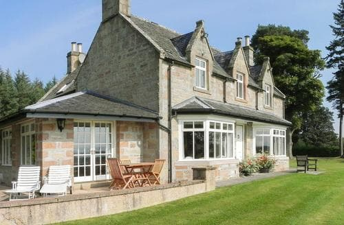 Big Cottages - Cosy Tain Cottage S95108