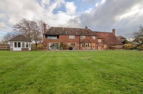 Big Cottages - Delightful Arundel Cottage S125755