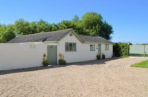 Last Minute Cottages - Beautiful Ashford Cottage S84313