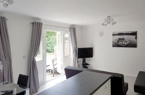 Big Cottages - Luxury Cowes Cottage S84416