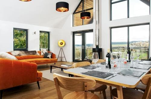 Big Cottages - Attractive Aviemore Lodge S85407