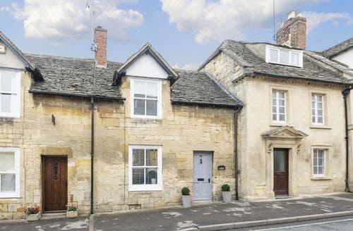 Last Minute Cottages - Inviting Cheltenham Cottage S86618