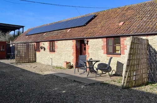 Last Minute Cottages - Beautiful Yeovil Cottage S88152