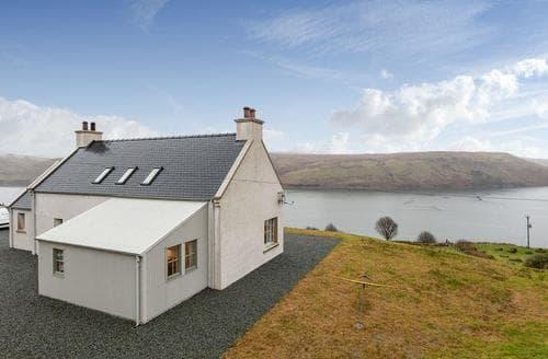 Last Minute Cottages - Stunning Sligachan Cottage S88782