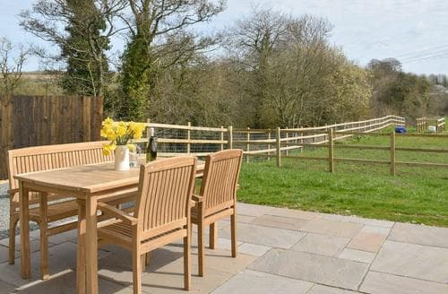 Dog Friendly Cottages - Splendid Dorchester Cottage S90629