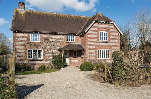 Big Cottages - Gorgeous Shaftesbury Cottage S90761