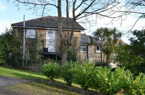Last Minute Cottages - Adorable Shanklin Apartment S92819