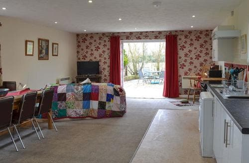 Last Minute Cottages - Excellent Folkestone Cottage S95205