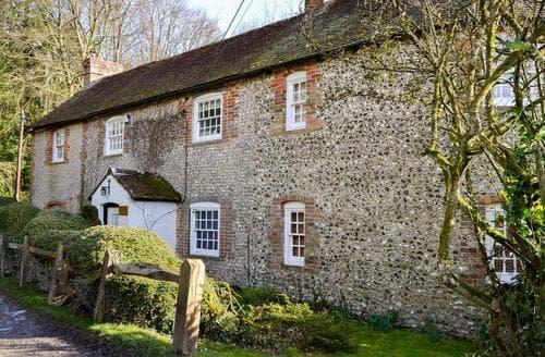 Big Cottages - Luxury Arundel Cottage S94082