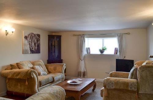 Big Cottages - Stunning Brook Cottage S94268