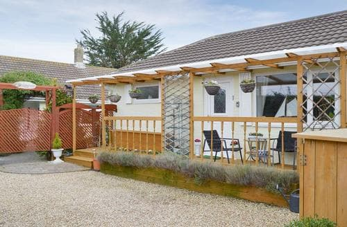 Last Minute Cottages - Exquisite Newport Cottage S94609