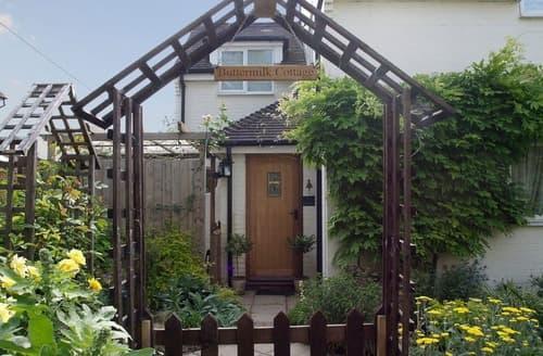 Last Minute Cottages - Wonderful West Meon Cottage S94864